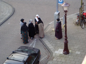Middle Eastern Women in the Oud West, after shopping